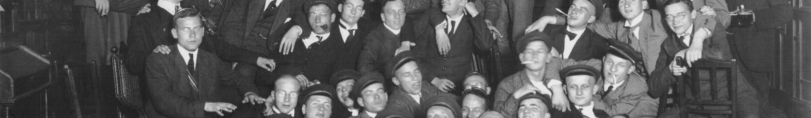 1922-Waldkneipe-auf-dem-Haus